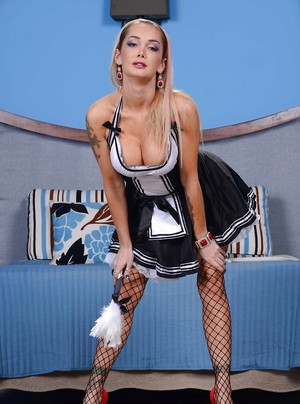 Naked Maid Boobs Pictures
