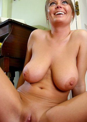 Milf Next Door Pictures