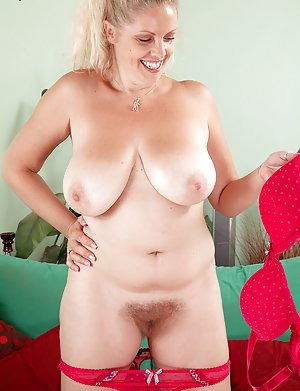 Nude BBW Boobs Pictures