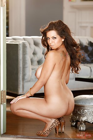Nude Centerfold Boobs Pictures