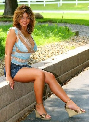 Nude Boobs in Skirt Pictures