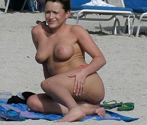 Nude Boobs in Public Pictures